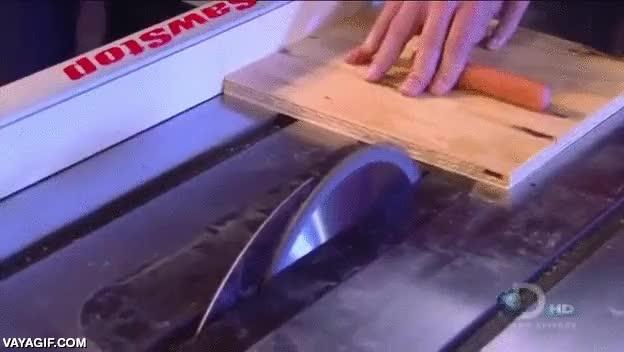 Enlace a La sierra de disco con un sistema de seguridad anti-corte de dedos increíble