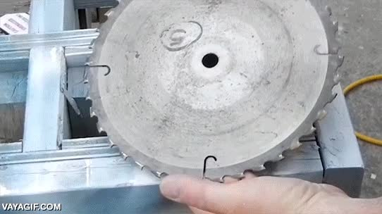 Enlace a Reciclar metal llevado al extremo más práctico