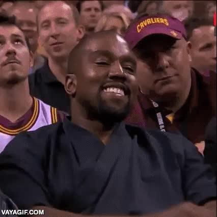 Enlace a Cuenta la leyenda que Kanye West sonrió una vez, concretamente esta, nunca más