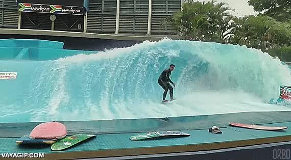 Enlace a ¿Que hace falta playa para hacer surf? No lo creo