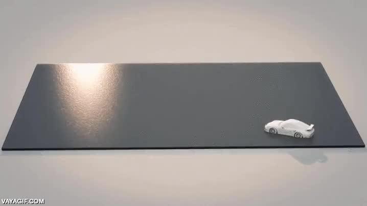 Enlace a Increíble simullación de derrapes en agua