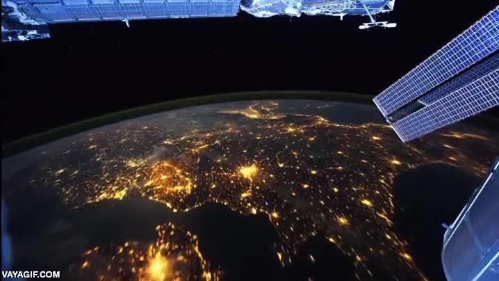 Enlace a Italia vista desde la Estación Espacial Internacional