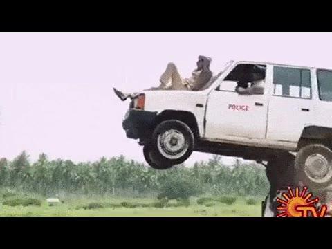 Enlace a No se puede ser más vacilón que el héroe de una peli de acción de Bollywood