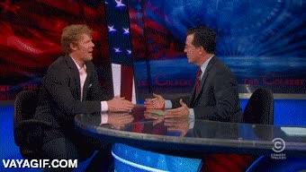 Enlace a Stephen Colbert en una discusión sobre el fútbol sabe cómo ridiculizarlo