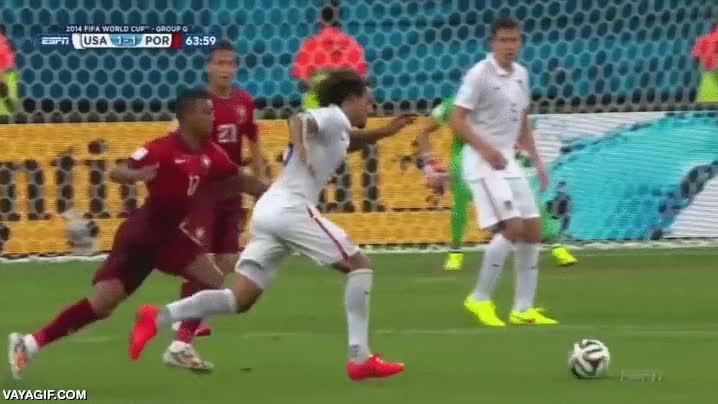 Enlace a Cuando la pelota coge el efecto que debe coger, los goles son espectaculares