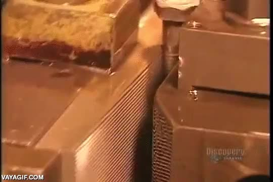 Enlace a Y así se hace el surco de los tornillos