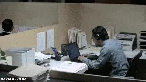 Enlace a El principal drama de usar auriculares con el portátil