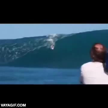 Enlace a El surf parece que no es muy peligroso, pero cuando te atrapa la ola...