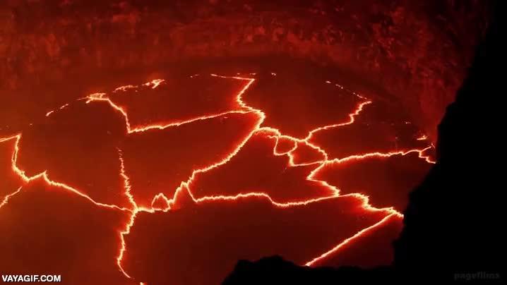 Enlace a Un timelapse del interior de un volcán, impresionante