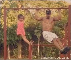 Enlace a Haciendo ejercicio con papá