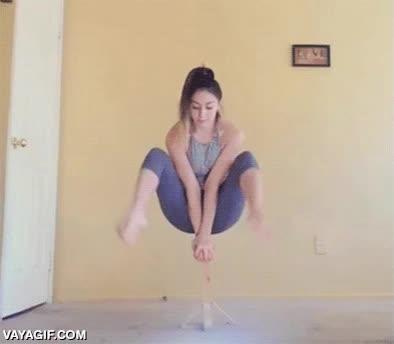 Enlace a Increíble demostración de fuerza y equilibrio