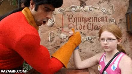 Enlace a La niña que ganó un pulso a Gaston en Disneyworld