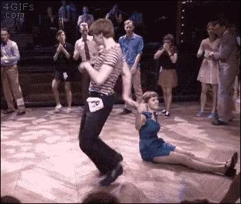 Enlace a Cuando tu pareja de baile improvisa para sacarte del problema