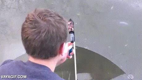 Enlace a Partiendo el hielo con cohete