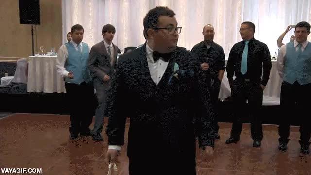 Enlace a Y desde ese día se convirtió en la leyenda de todas las bodas