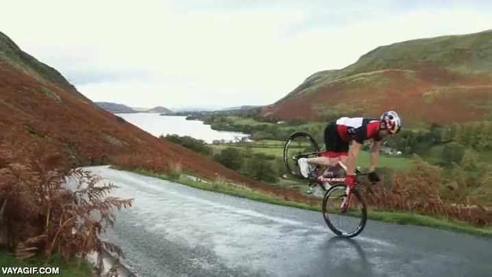 Enlace a Porque supongo que subir el puerto de montaña con la bici era demasiado fácil