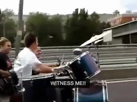 Enlace a ¡Odio viajar en moto porque no puedo escuchar música! A no ser...