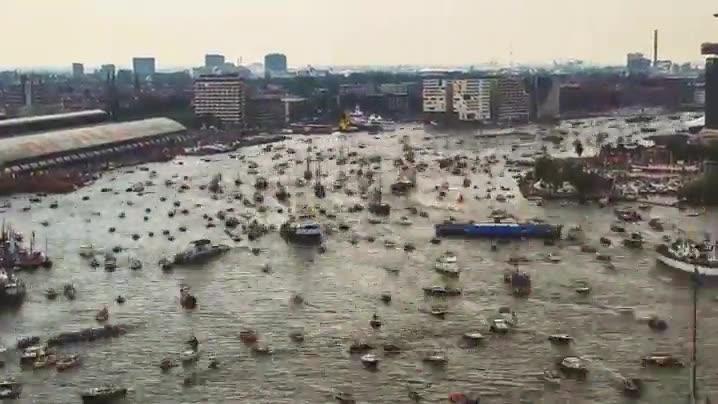Enlace a Así es el tráfico naval en Amsterdam