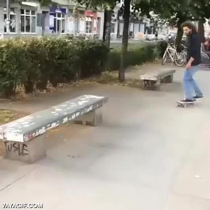 Enlace a Hay personas capaz de hacer trucos increíbles e ingeniosos con el skate