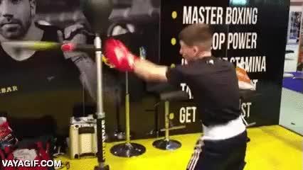 Enlace a Una máquina sencilla pero muy efectiva para entreno de boxeadores