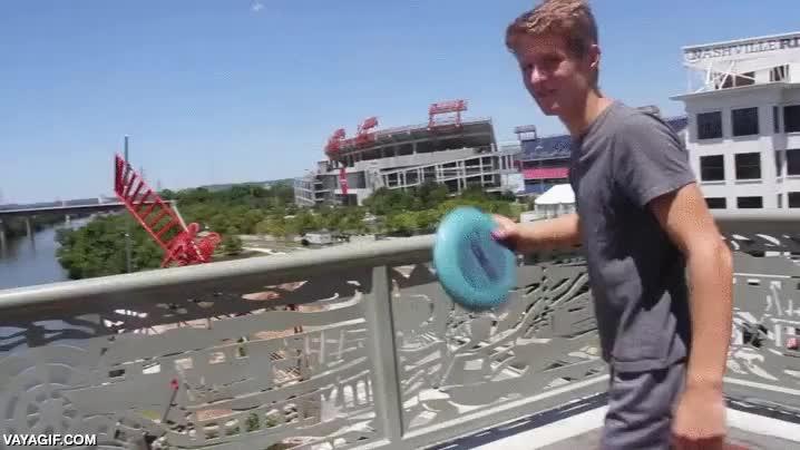 Enlace a ¿El lanzamiento de frisbee te parece algo aburrido? Le faltan ingredientes como este
