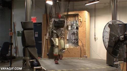 Enlace a Los robots ya no se conforman con andar a dos piernas, ahora lo hacen con este estilazo