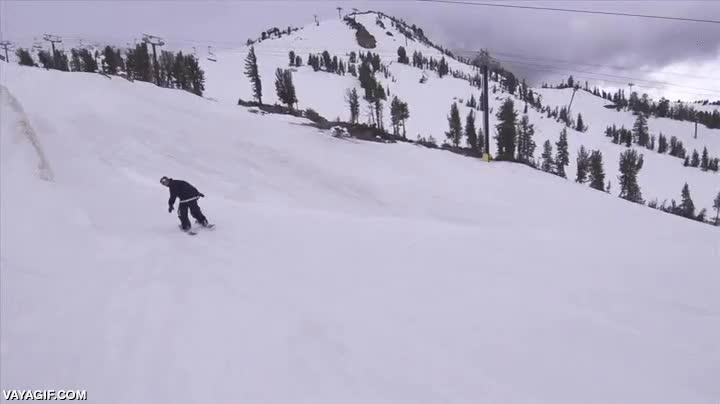 Enlace a Esquiando a un nivel muy por encima de lo espectacular