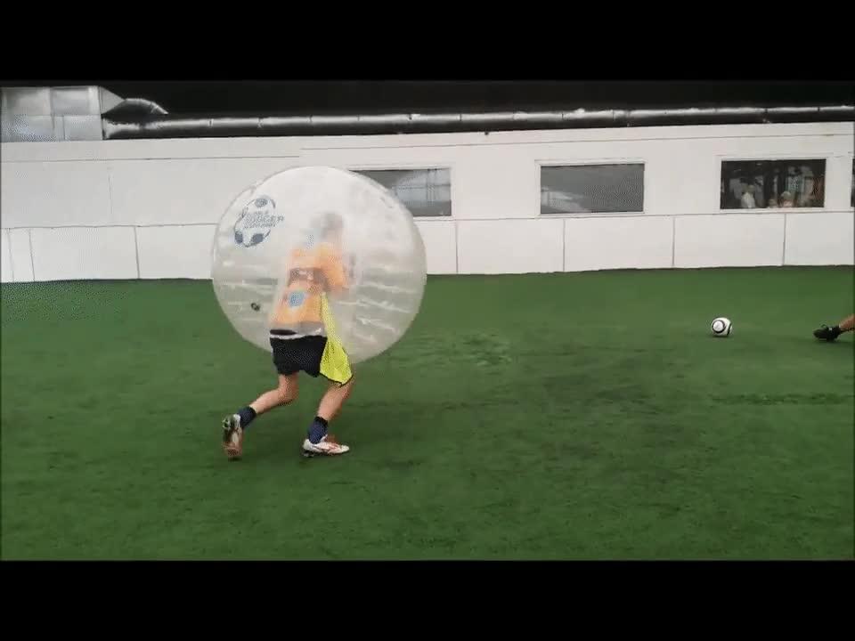 Enlace a Y así es cómo se consigue ganar un uno contra uno en el fútbol burbuja