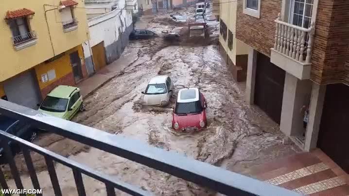 Enlace a Esta increíble riada pasó no muy lejos de aquí, en España también pasan cosas como esta