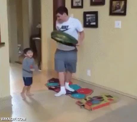 Enlace a ¿Tienes un niño pequeño con tendencia a salir corriendo cuando menos te lo esperas? ¡Solución!