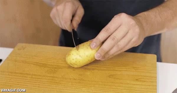 Enlace a ¿Has de cocer patatas y no te gusta la piel? Pues es así de sencillo