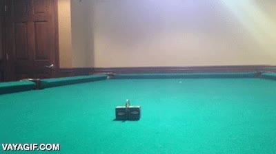 Enlace a Uno de los trucos más precisos nunca hechos sobre una mesa de billar