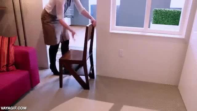 Enlace a ¡Con todos ustedes, la sillalera! ¡Mitad silla, mitad escalera!