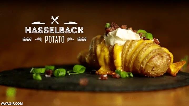 Enlace a ¿Hay hambre ya? Pues esta patata Hasselback te hará caer la baba