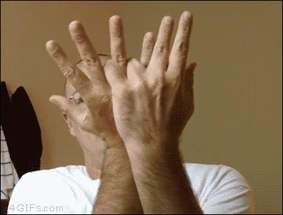 Enlace a Cuando una peineta con cada mano no es suficiente