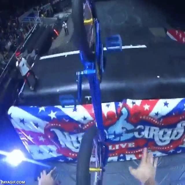 Enlace a Nitro Circus en primera persona
