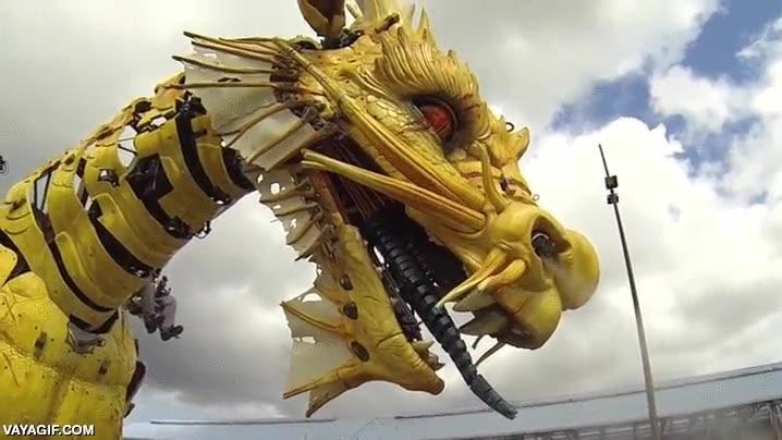 Enlace a Veo tu dragón robótico y lo doblo