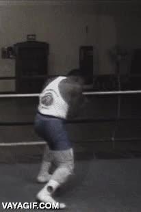 Enlace a Mike Tyson a los 15 años de edad, como para pelearte con él en el instituto