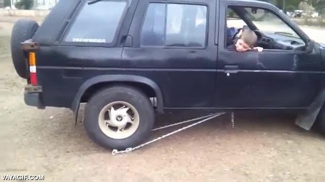 Enlace a Así que se te ha roto la marcha atrás del coche... Bueno, no pasa nada
