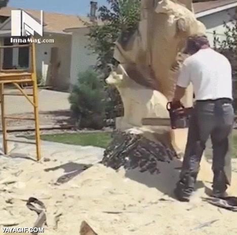 Enlace a Convertir un árbol en una escultura que roza la perfección