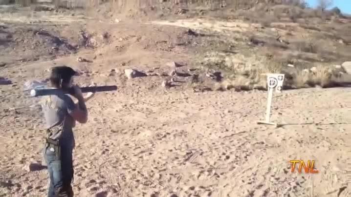 Enlace a La importancia de agarrar con fuerza el lanzacohetes