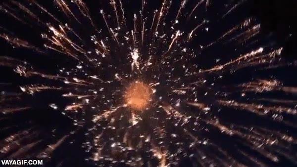 Enlace a Si vas a hacer fuegos artificiales, ¡hazlos a lo grande!