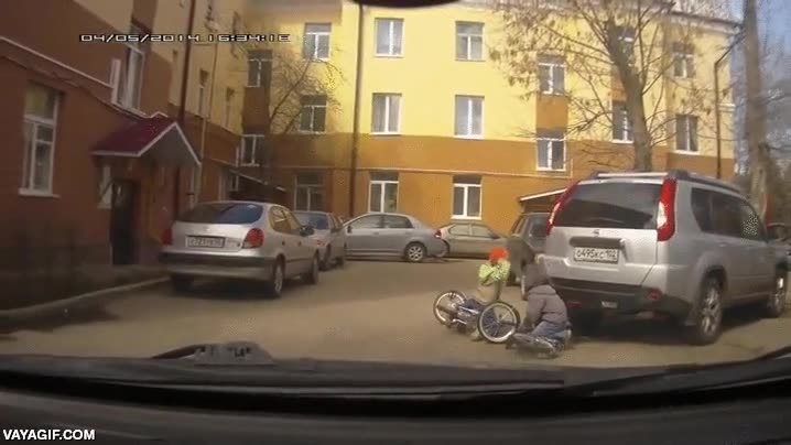 Enlace a Los ataques de rabia en accidentes de tráfico en Rusia se gestan desde los primeros años