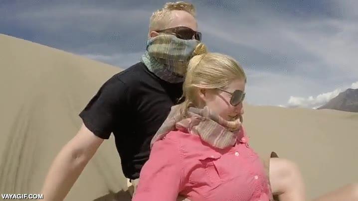 Enlace a Hagamos un descenso por las dunas, ¿qué podría salir mal?