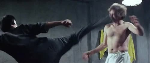 Enlace a Bruce Lee en acción