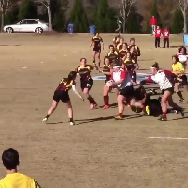 Enlace a La locomotora humana imparable del rugby femenino