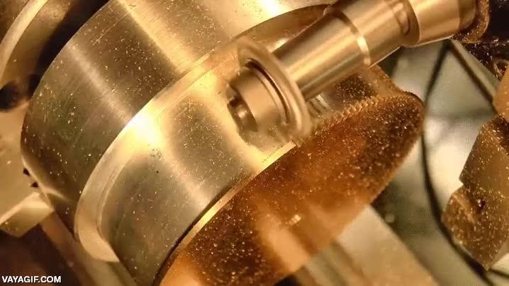 Enlace a Y así se hacen las ruedas dentadas de un reloj