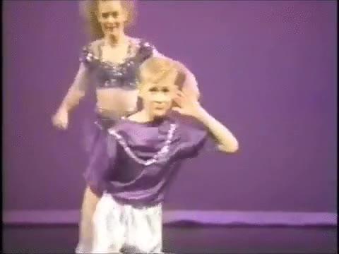Enlace a Ryan Gosling ya era un máquina del baile allá por 1992