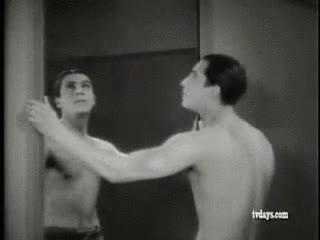 Enlace a Poesía visual, obra de Jean Cocteau en 1930, The Blood of a Poet