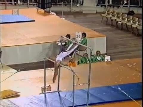 Enlace a Olga Korbut en las Olimpiadas de 1972, ¡vaya pedazo de crack!